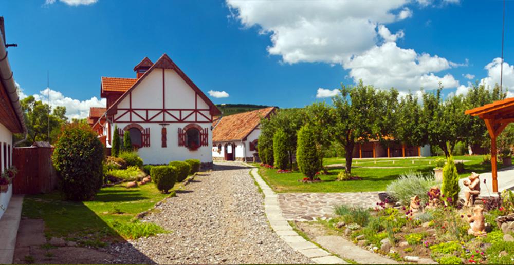 Cazare Danes - Motel Dracul - Centru Ecvestru - Judetul Mures - Sighisoara