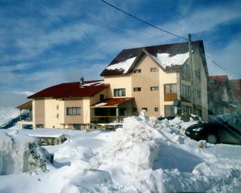 Cazare Ranca - Transalpina - Paradis Panzió - partii de schi M-tii Parang, Novaci, Vf. Papusa