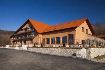 Cazare in Sovata - Hotel Belvedere ***, rezervari online in Sovata: Hotel ***