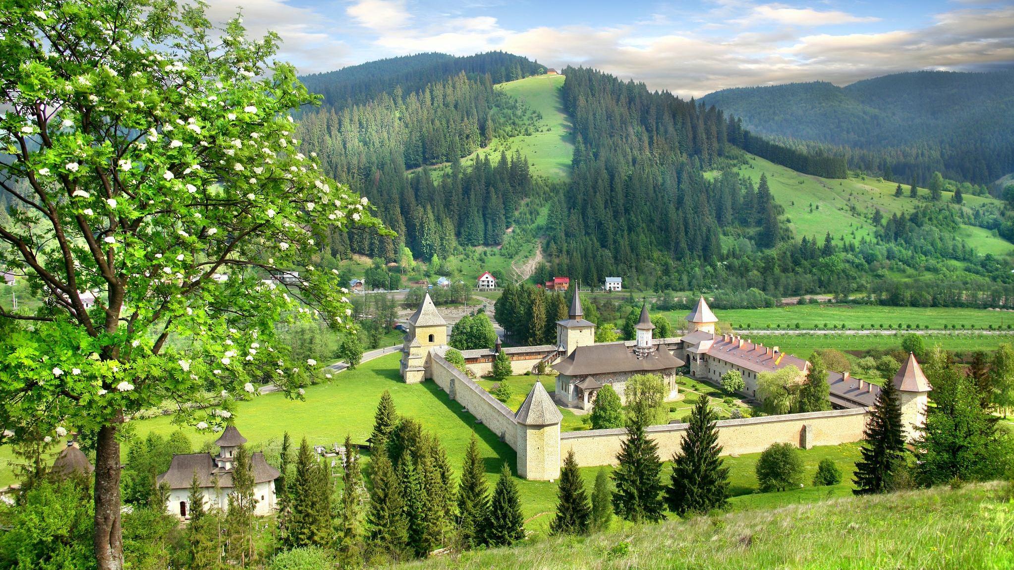Moldova | Judetul Suceava - Mănăstirea Sucevița