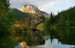 Prezentare in imagini: descriere, poze, harta, cazare, atractii–drumetii Lacu Rosu Cazare
